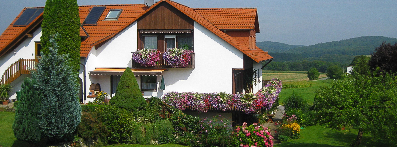 Ferienhaus Ferienwohnungen Neideck