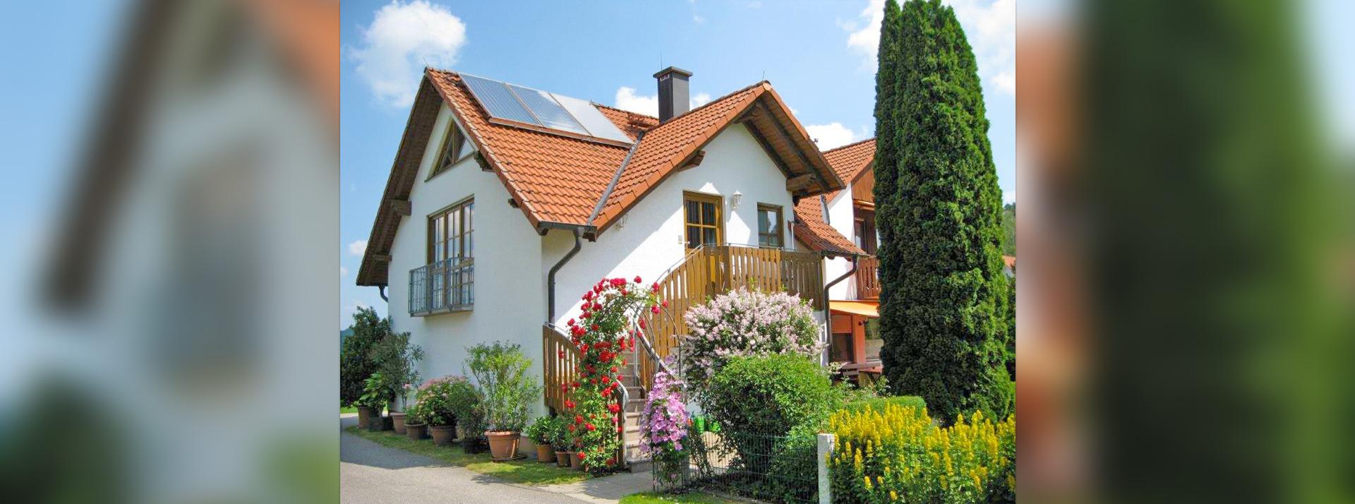Ferienhaus-Ferienwohnungen Neideck